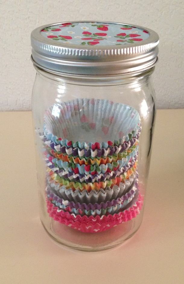 Cute Way to Store Cupcake Wrappers